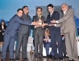 Ensaara Metropark won the Marketing Concept of the Year award at the 28th National Real Estate Awards by Accommodation Times on March 7 2014